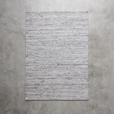 "Plat Light Gray Rug 5'7"" x 7'9"""
