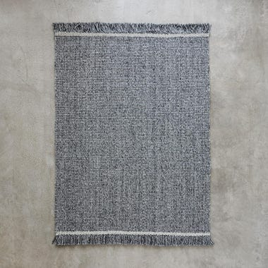 "Higgins Light Gray Rug 5'7"" x 7'9"""