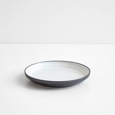 "Rim Black Plate 6.25"""