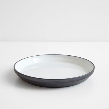 "Rim Black Plate 8"""