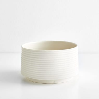 Ribbed White Planter
