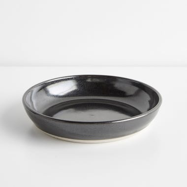 Thrown Gloss Black Round Plate 8.5""