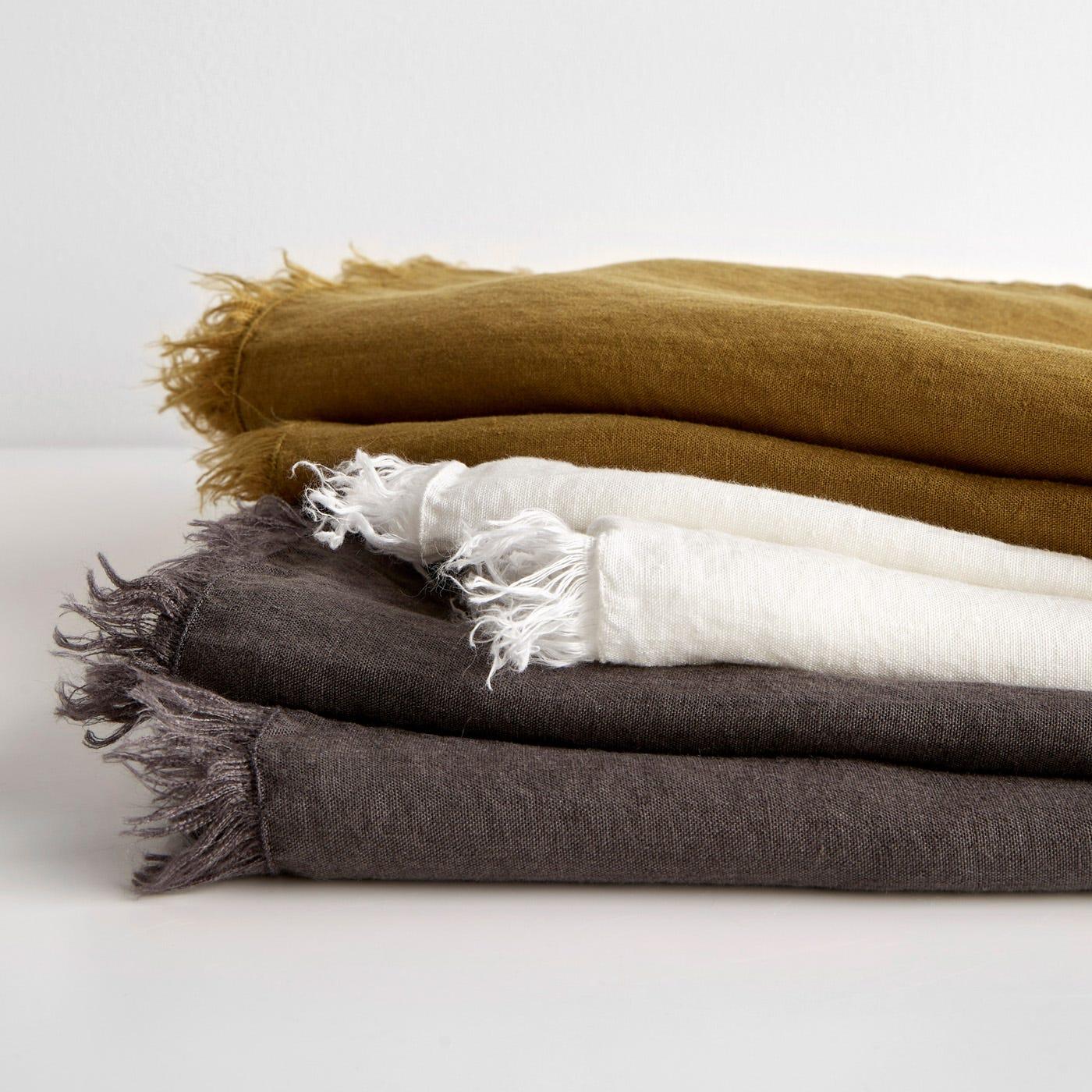 Linen Throw Blankets