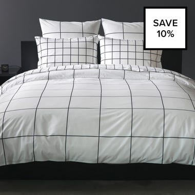 Grid Black Bedding Bundle