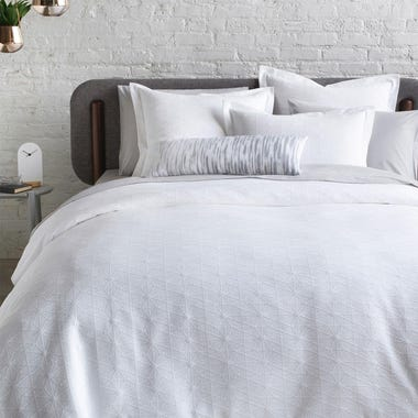 Himmeli_White_Matelasse_Duvet_Cover_King