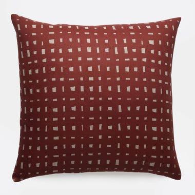 Lattice_Burgundy_Linen_Throw_Pillow_22x22