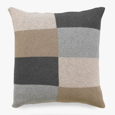 Marquee_Natural_Knit_Throw_Pillow_18x18
