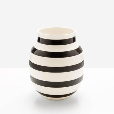 Omaggio_Black_Medium_Vase