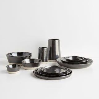 Thrown Gloss Black Dinnerware Collection