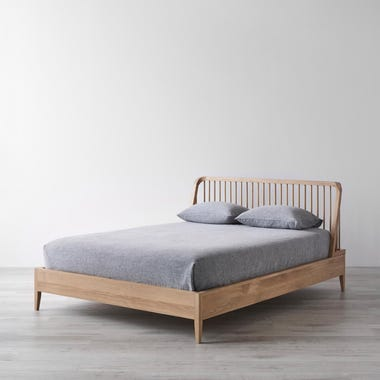 Spindle Oak Bed Queen
